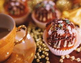 How to deal with Holidays in an HOA Blog
